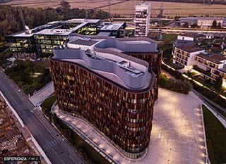 esperienza drone immagine portfolio architettura aerea laterale serale milanofiori nord cino zucchi.jpg