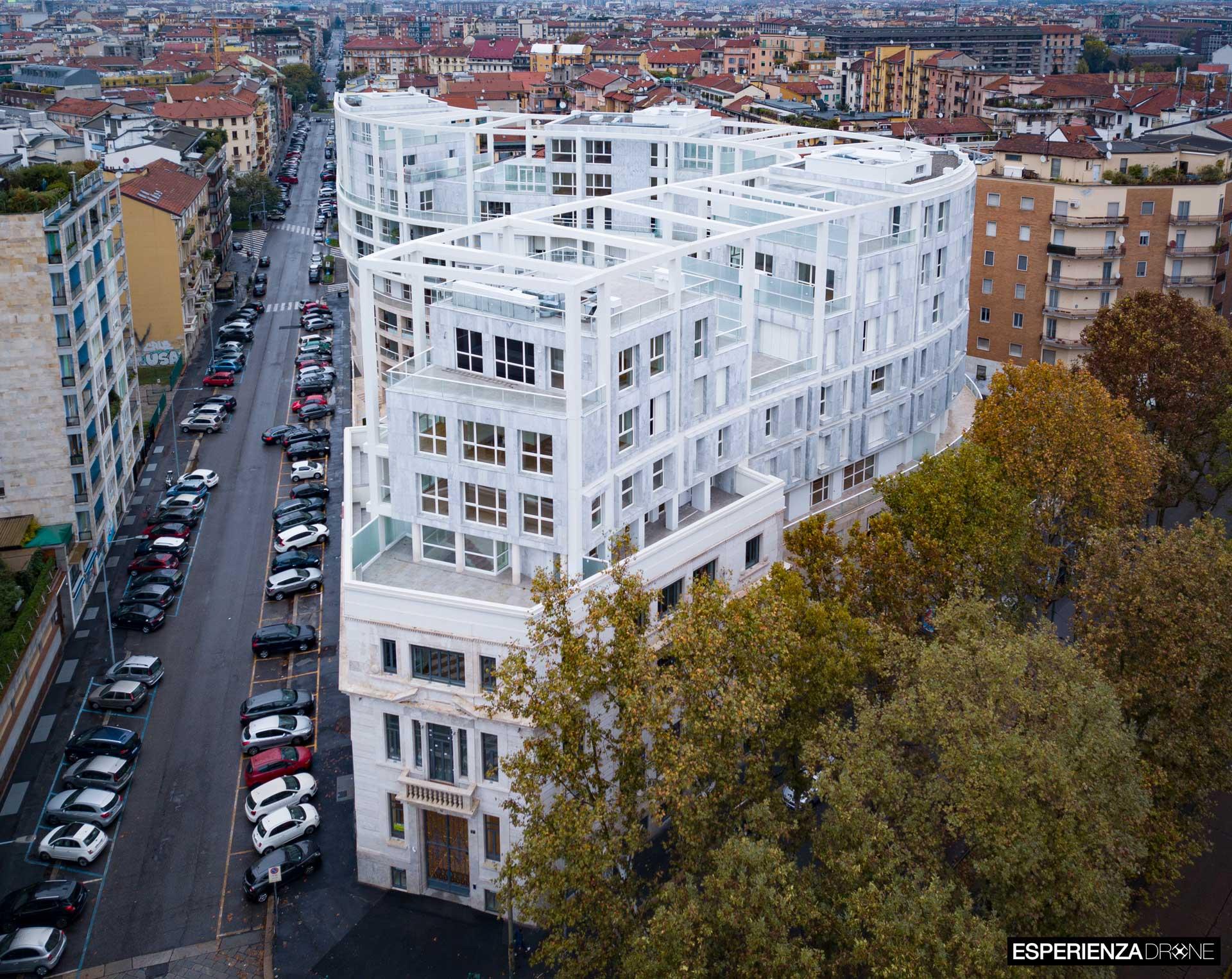 esperienza drone immagine portfolio architettura aerea zenitale diurna milano residenze carlo erba due 1.jpg