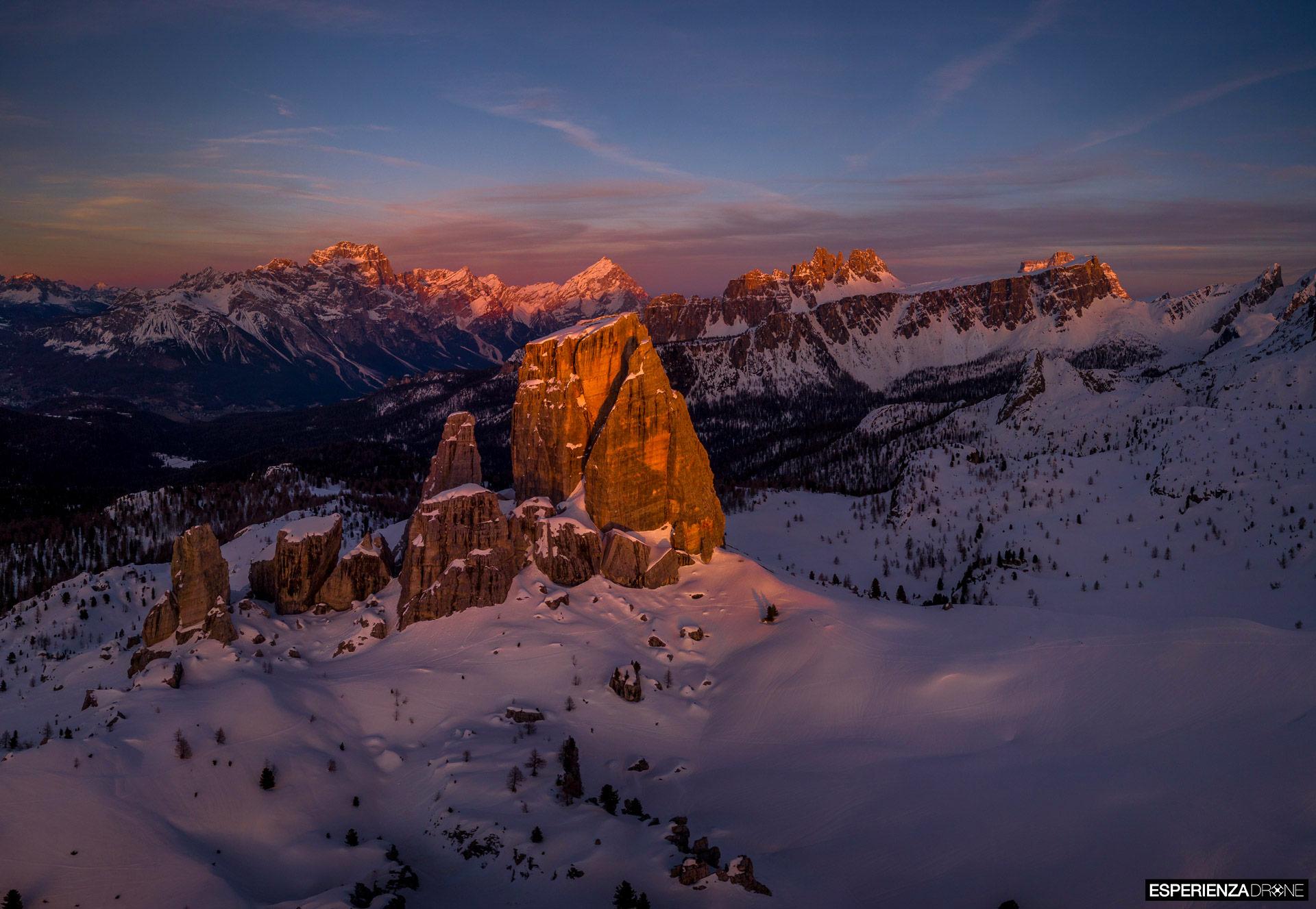 esperienza drone immagine portfolio naturalistica turismo promozione territorio italia cortina ampezzo panoramica cinquetorri.jpg