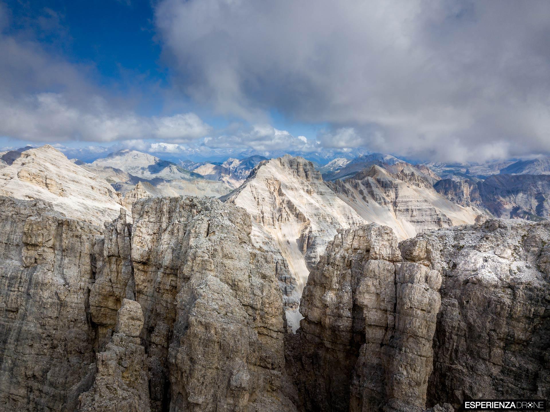 esperienza drone immagine portfolio naturalistica turismo promozione territorio italia cortina ampezzo punta_fanes_sud.jpg