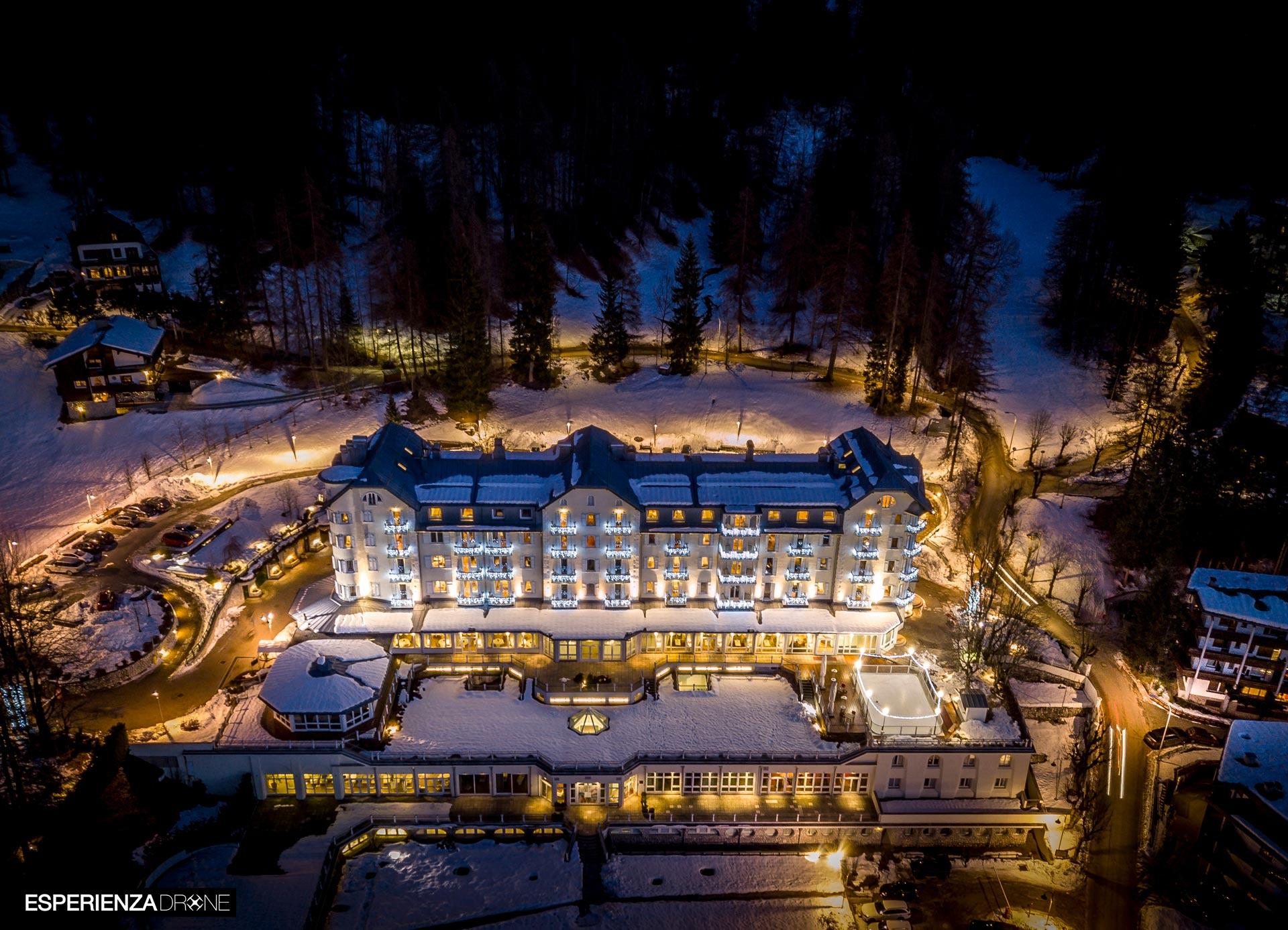 esperienza drone immagine portfolio turismo promozione territorio italia antiche residenze castelli alberghi hotel cristallo cortina ampezzo.jpg