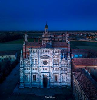 esperienza drone immagine portfolio turismo promozione territorio italia antiche residenze castelli alberghi hotelcertosa ora blu otto 2.jpg
