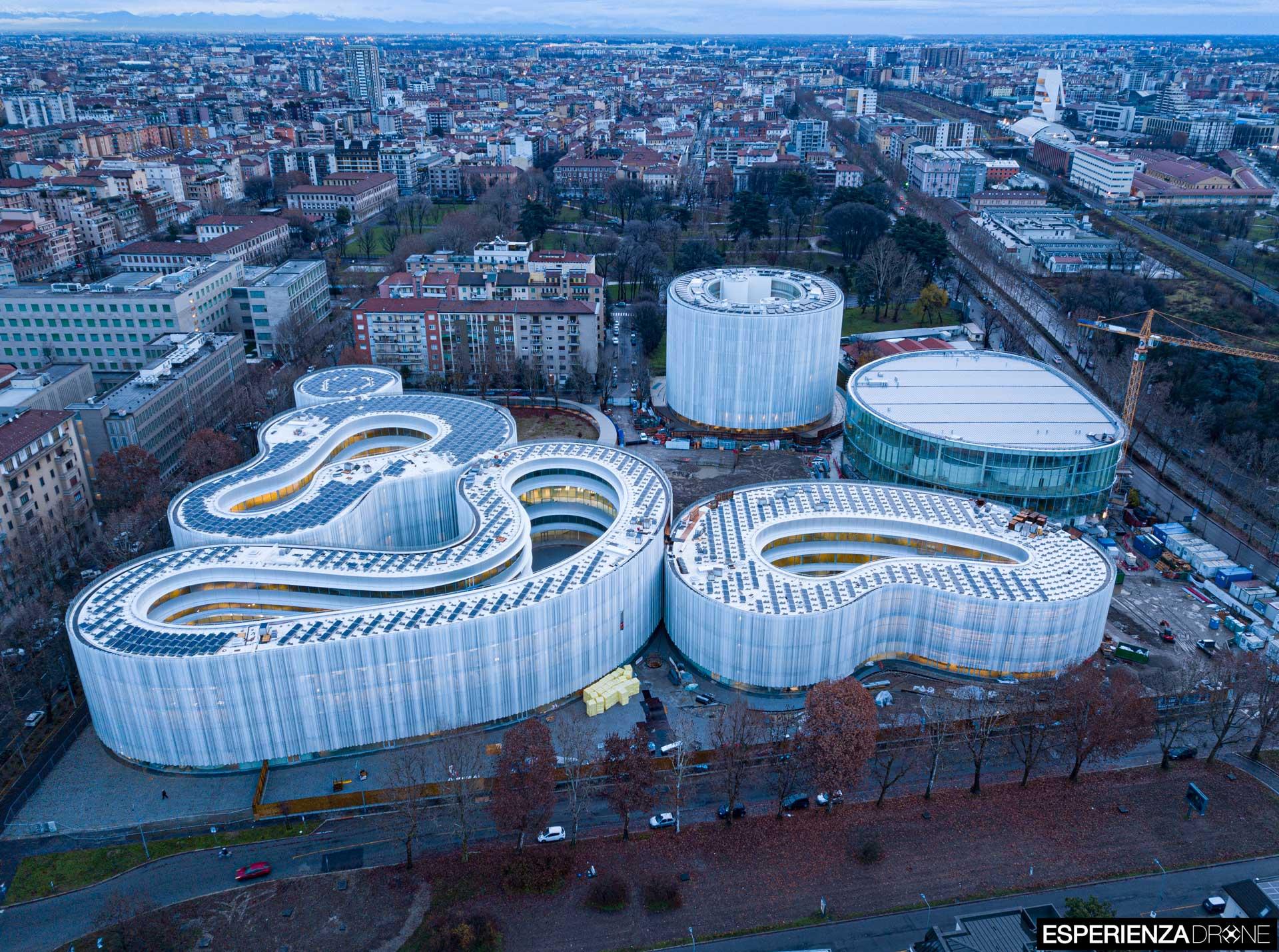 esperienza drone fotografia aerea architettura bocconi milano campus bocconi due.jpg
