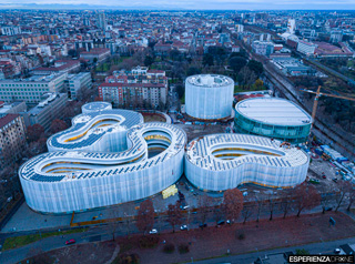 esperienza drone fotografia aerea architettura bocconi milano campus bocconi otto.jpg