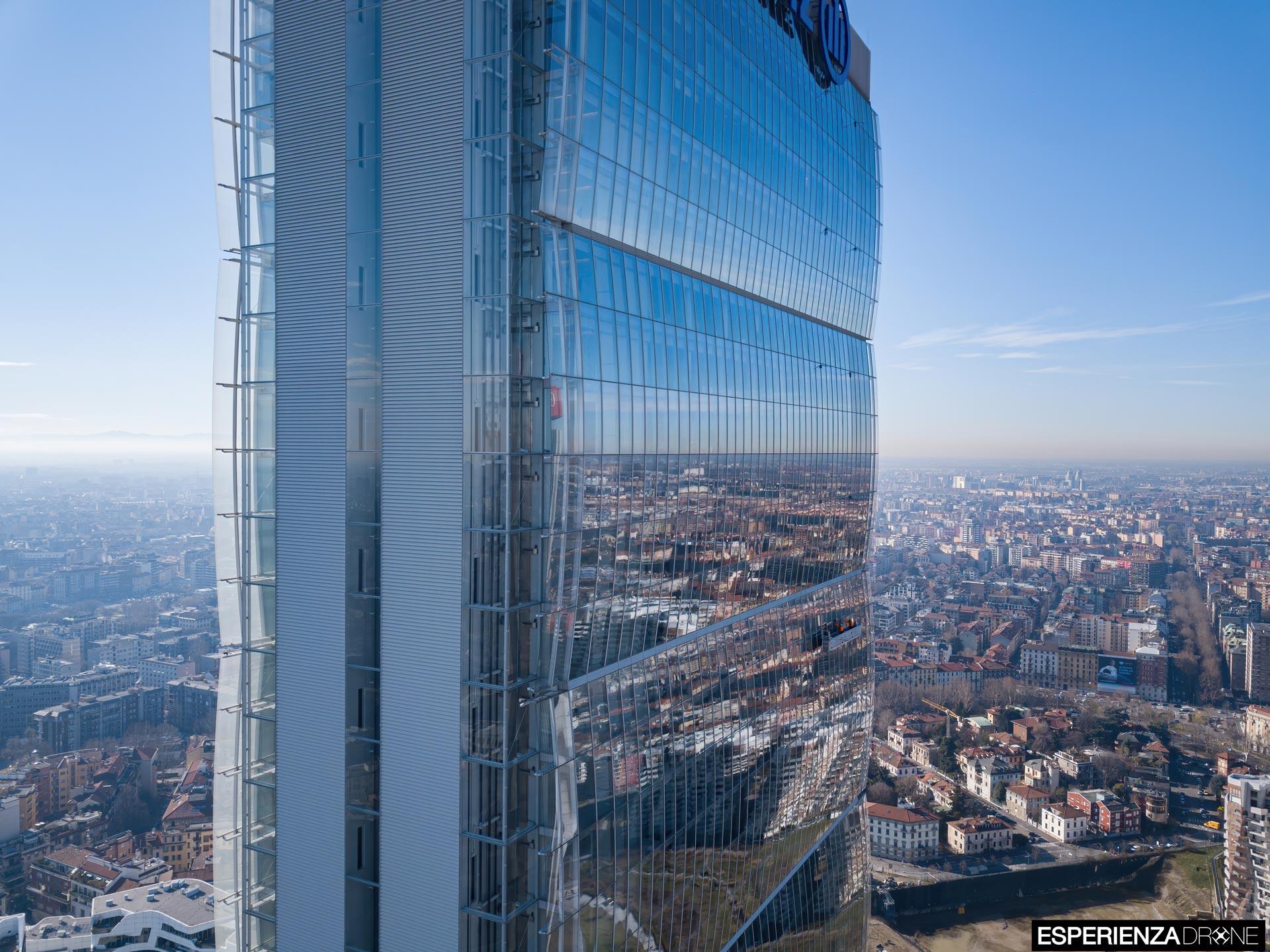 esperienza drone fotografia aerea costruzione torri citylife milano otto.jpg