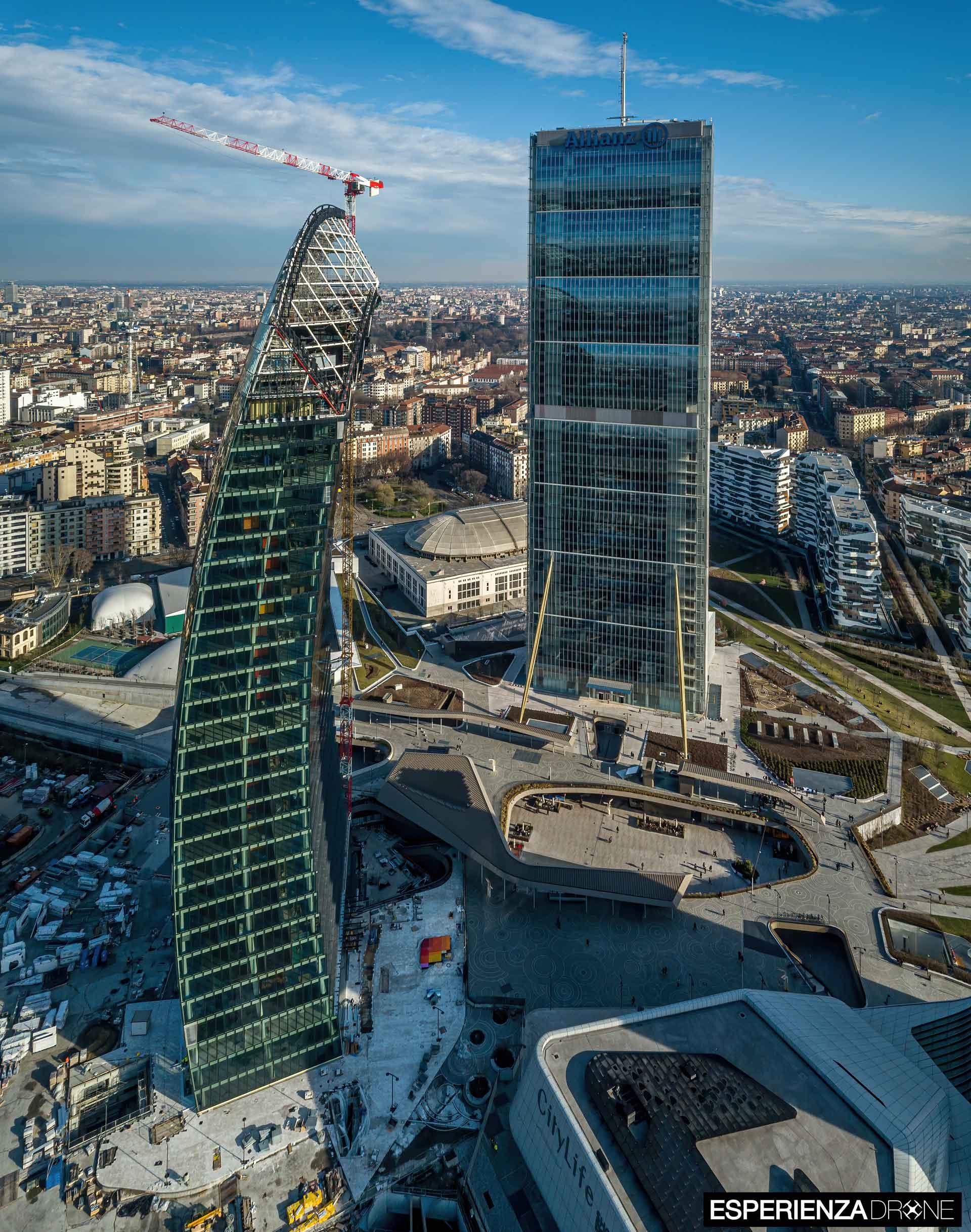 esperienza drone fotografia aerea costruzione torri citylife milano sette.jpg