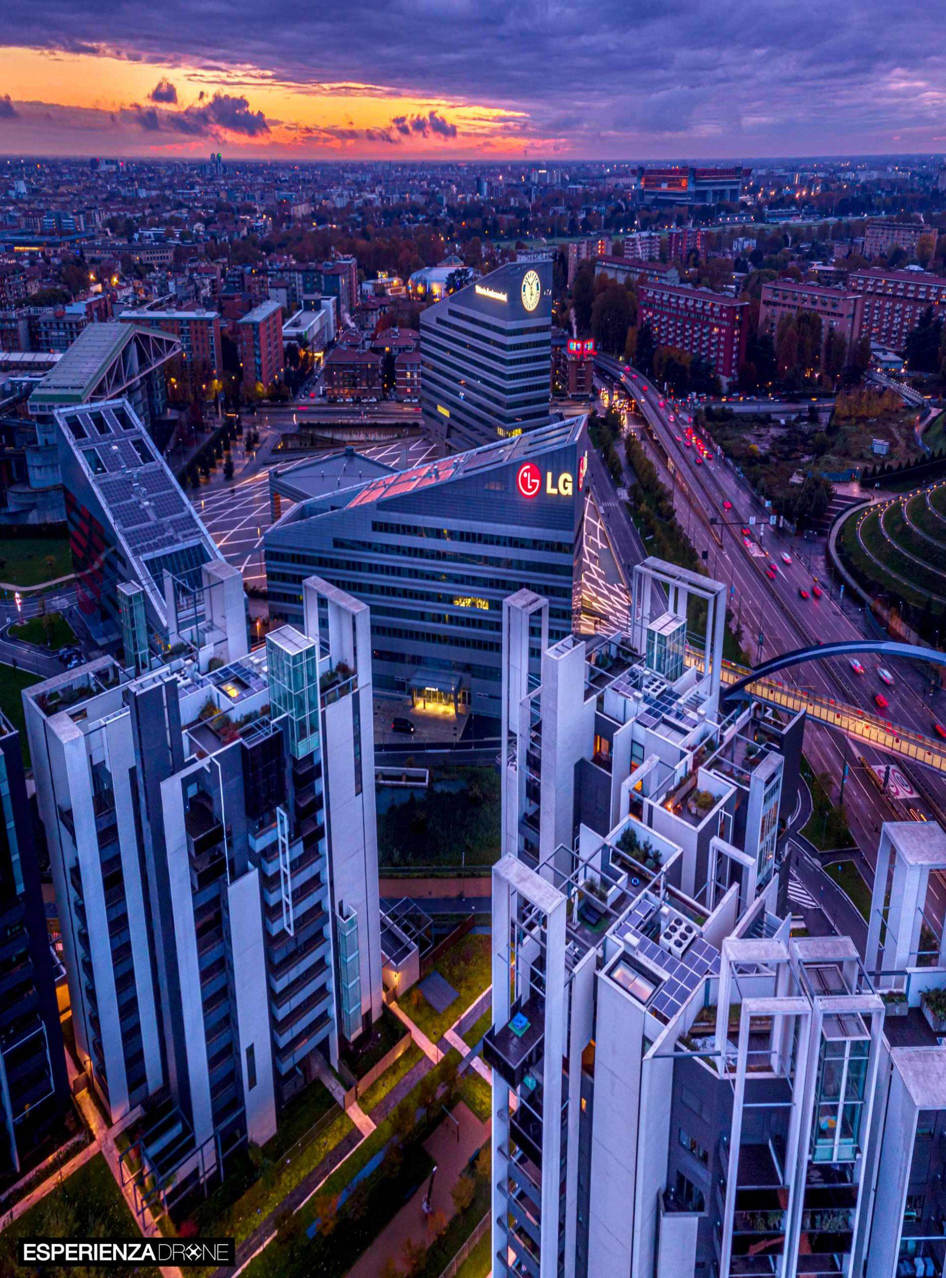 esperienza drone fotografia porfolio architettura milano portello due .jpg