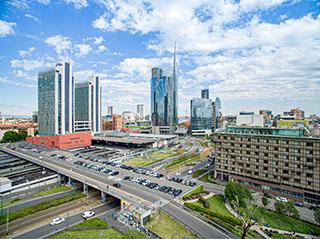esperienza drone immagine aerea portfolio panoramica architettura milano piuarch_porta_garibaldi 1.jpg