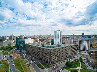 esperienza drone immagine aerea portfolio panoramica complessiva angolare edificio architettura milano piuarch_porta_garibaldi studio recupero edilizio 2.jpg