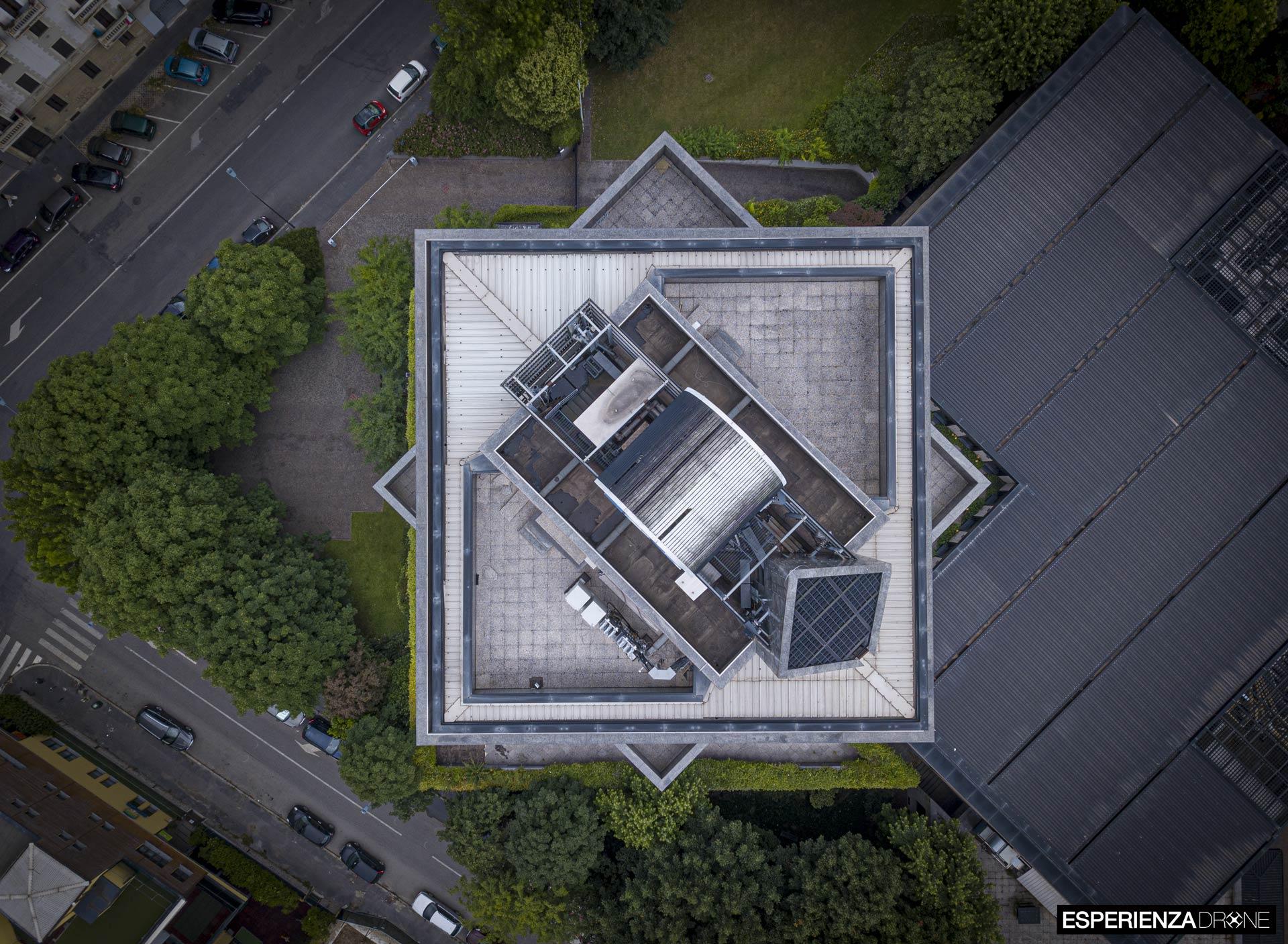 esperienza drone fotografia aerea portfolio mediolanum farma milano tre.jpg